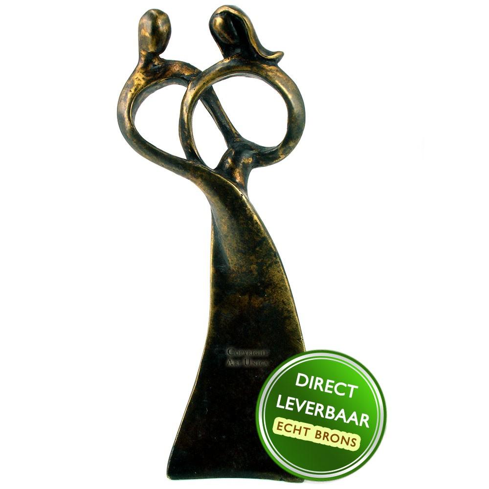Bronzen beeldje Hart van Liefde Art Unica galerie en Kunstwinkel Amersfoort