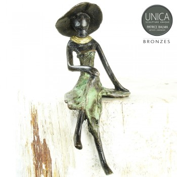 Francoise beeldje brons Afrikaanse vrouw zittend