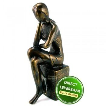 Bronzen beeldje Gedachten Art Unica galerie en Kunstwinkel Amersfoort