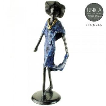 Vrouwenbeeld brons Prisca