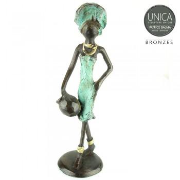 Bronzen beeldje Afrikaanse vrouw met kruik