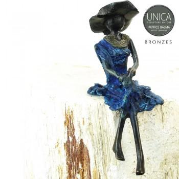 Afrikaans beeldje vrouw zittend titel Ninette