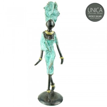 Afrikaans beeldje vrouw titel Lilou