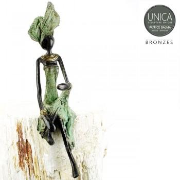 Zittende vrouw bronzen beeld
