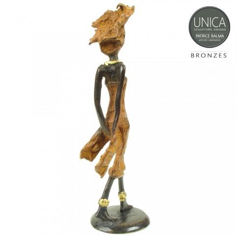 Afrikaans beeldje brons Babette